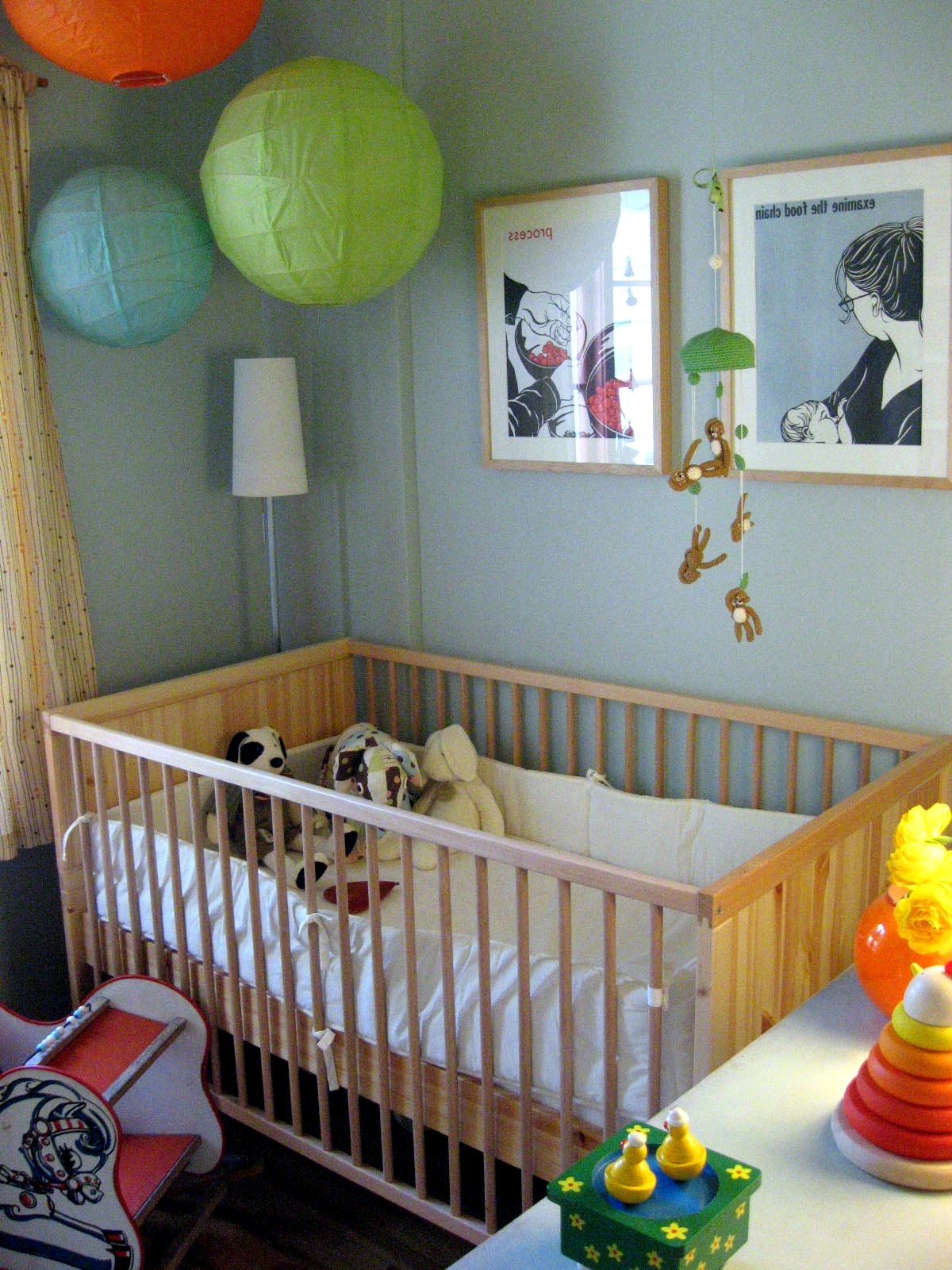 Baby Room Decorating Ideas with Paper Lanterns | Interior ...