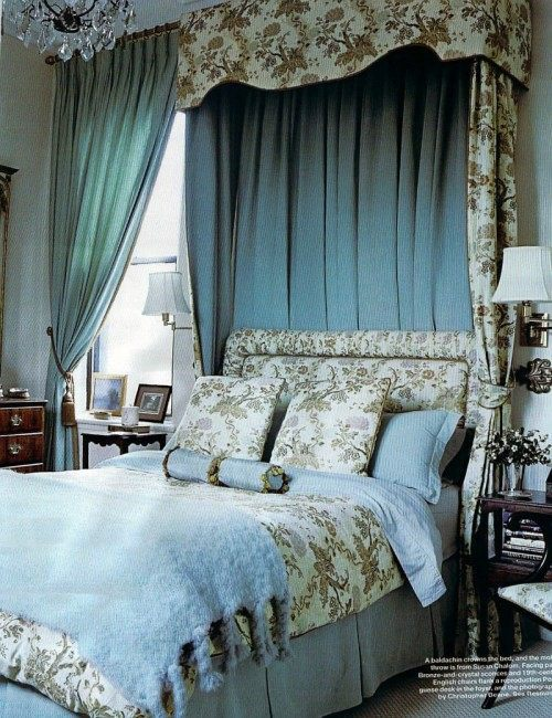 23 Stylish And Extravagant Idea For A Canopy Bed In The