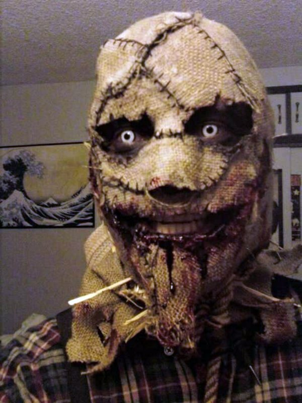 Cool Horror Halloween Costumes, rob the breath