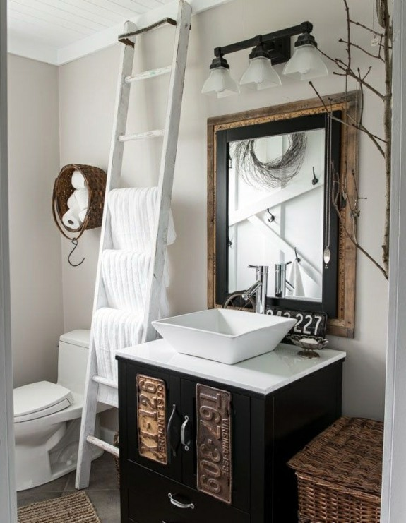 Wooden towel ladder in both rustic as well as in modern for Bathroom decor ladder