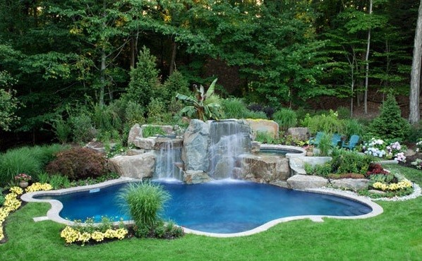 Swimming pool garden  Swimming pool in the garden – landscape ideas for swimming pools ...