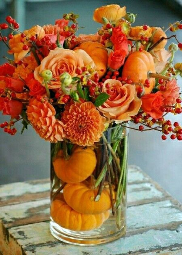 Insert autumn flowers as table decoration or home – great examples ...