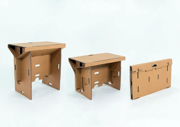 Möbel - Exceptional furniture -Ausgefallener table made of cardboard paper