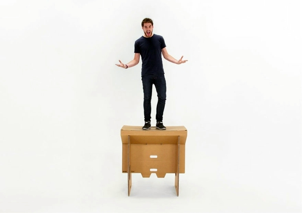 Mobiliar - Exceptional furniture -Ausgefallener table made of cardboard paper