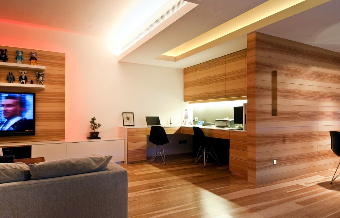 Wooden apartment in hong kong interior design ideas for Apartment design hk