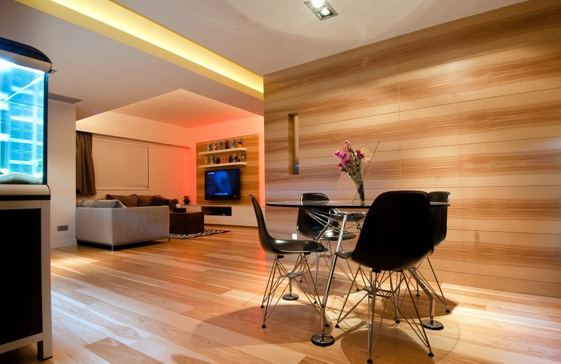 Wooden apartment in hong kong interior design ideas for Small apartment interior design hong kong