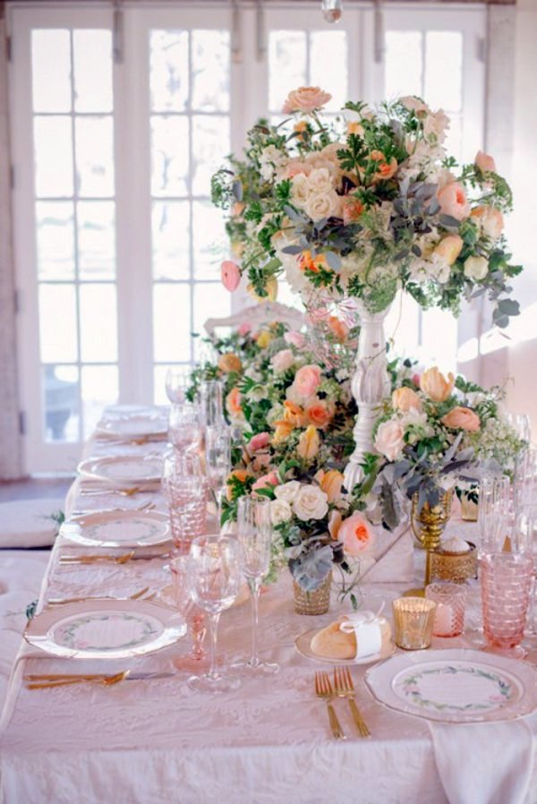 Send Tischdeko My Wedding Decor In Creamy And Peach Colors