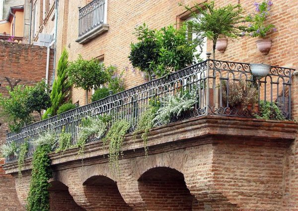 On balcony make hanging garden cool ideas for small for On the balcony