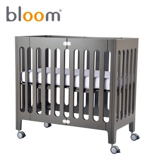 ... Small Baby Room Design   Modern Foldable Crib