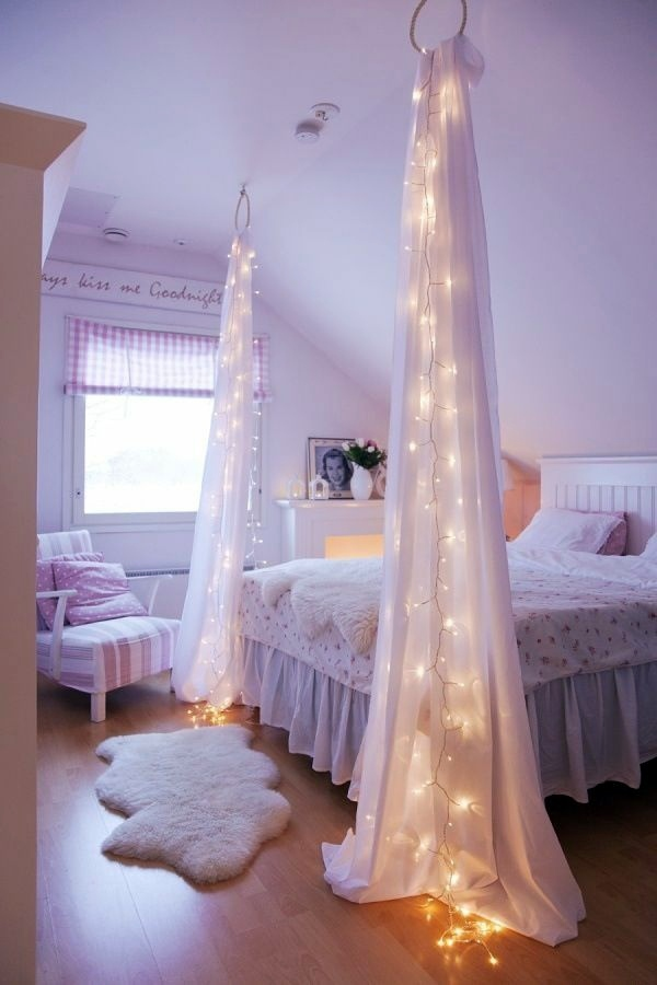 Light Curtains 30 Decoration Examples Dress Up The Windows Creative