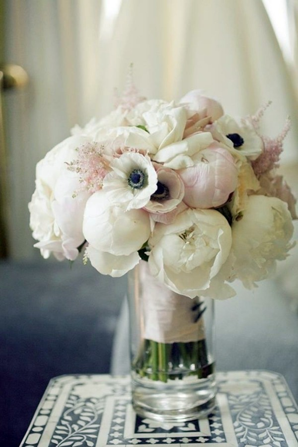 Lifestyle - Wedding flowers - Bridal bouquets pictures Cool