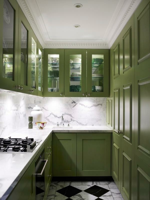 Functional and practical kitchen solutions for small kitchens