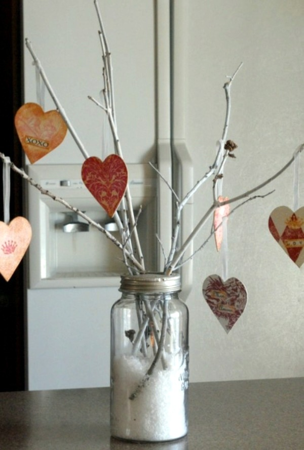 Five handmade festive tree for Valentine\'s Day | Interior Design ...