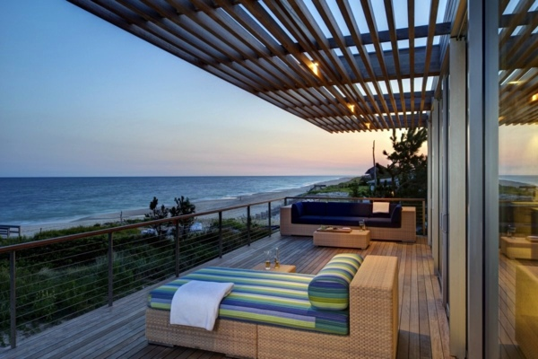 Gartengestaltung - Terrace and balcony wood tiles ideas and other floor  coverings