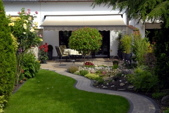 Clever Landscaping Practical Ideas In Application