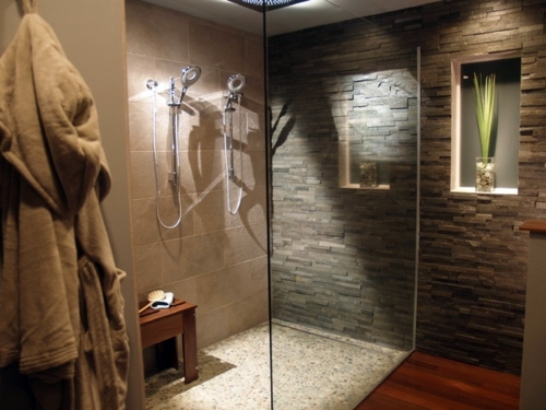 Natural stone tiles for your bathroom Interior Design Ideas AVSOORG