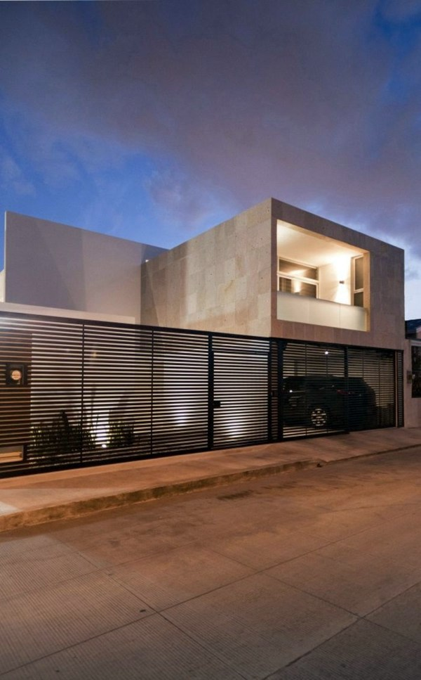 Minimalist house with an industrial touch in canun mexico for Minimalistic house escape 3