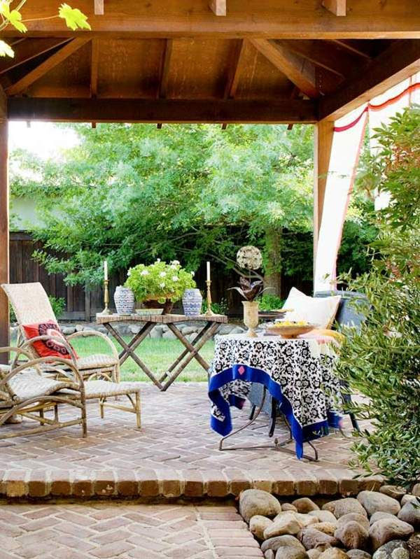 Colourful garden decorations make yourself how can you for Do it yourself garden decorations