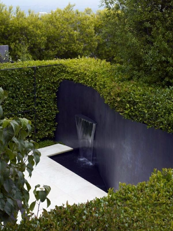 Black Wall With Waterfall 103 Examples Of Modern Garden Design