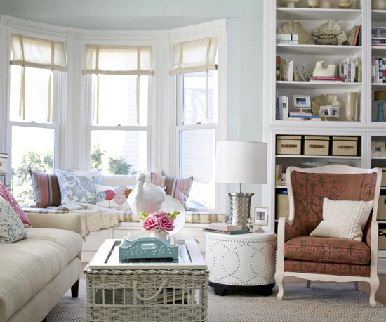 20 decorating ideas for family-friendly living room ...