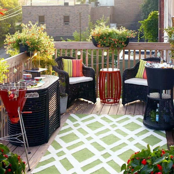 Make small roof terrace cozy sitting area and healthy for Small sitting area ideas
