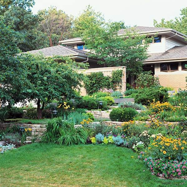 Landscaping on a slope how to make a beautiful hillside - Ideas for gardens on a slope ...