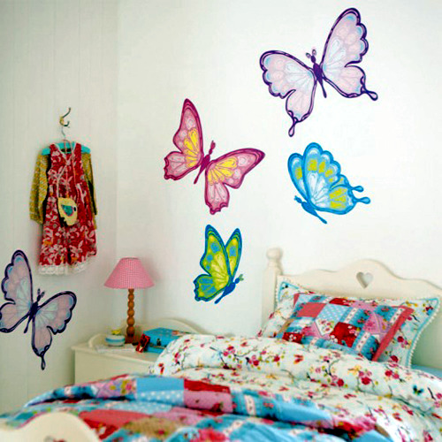 Beautiful butterfly theme girl bedroom design interior for Butterfly themed bedroom ideas