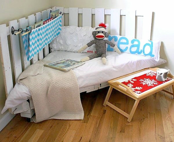 Diy furniture from euro pallets 101 craft ideas for wood pallets literally a reading for you diy furniture from euro pallets 101 craft ideas for wood pallets solutioingenieria Gallery