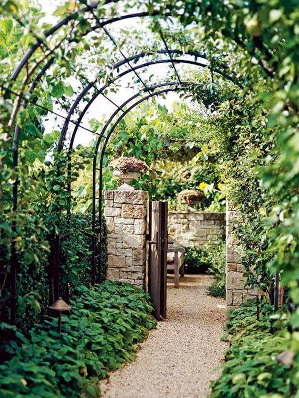 Over The Garden Walk: Pergola Made Of Wood Or Metal For A Southern Flair In The