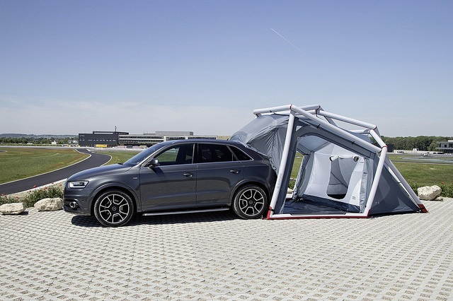 Modern c&ing equipment C&ing is made easy with the c&ing tent for Audi Q3 & Camping is made easy with the camping tent for Audi Q3   Interior ...
