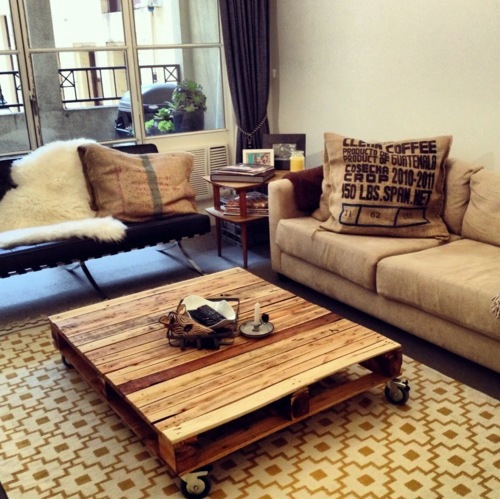 Coffee Table With Wheels Cool Furniture From Euro Pallets   55 Craft Ideas  For Recycled Wooden Pallets