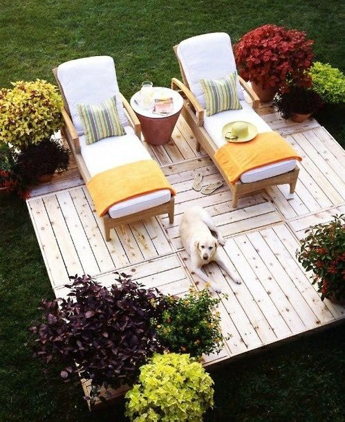 Cool furniture from euro pallets 55 craft ideas for for Craft ideas using pallets