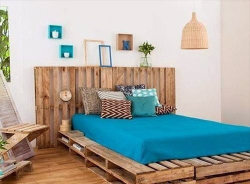 ... Cool Furniture From Euro Pallets   55 Craft Ideas For Recycled Wooden  Pallets