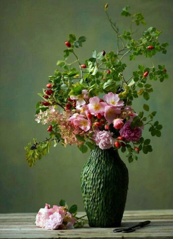 flower arrangements and beautiful bouquets refresh the atmosphere, Natural flower