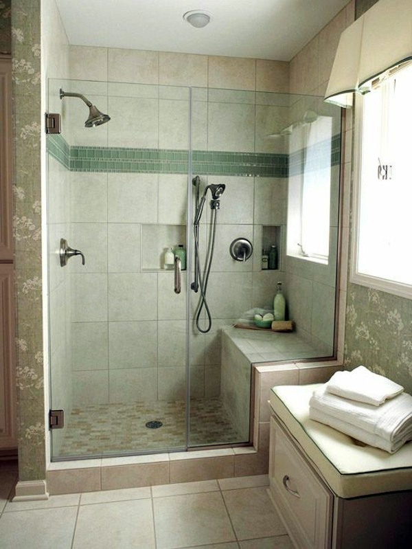 Bathroom design in pastel green Bathroom design ideas - colors and patterns