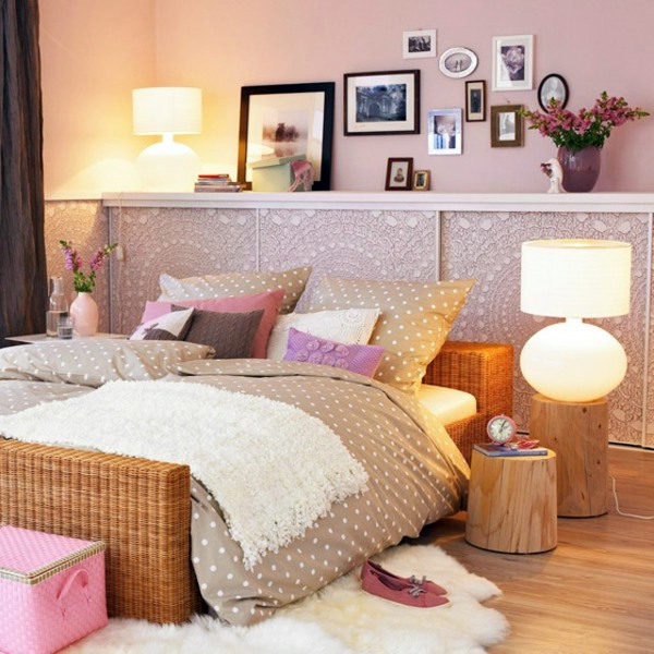 house typical female wandgestaltung bedroom wall design wall decoration behind the bed - How To Decorate Bedroom Walls