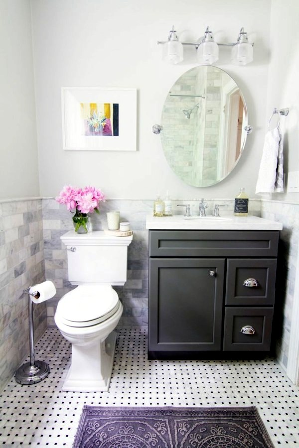 How To Decorate A Small Bathroom In Black And White