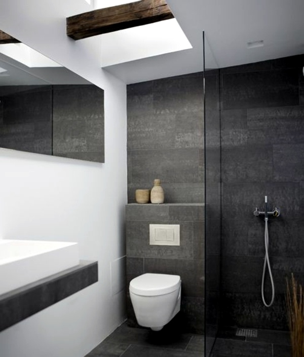 Small bathroom tile bright tiles make your bathroom for Small bathroom no natural light