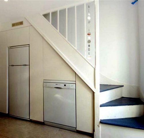 Cool space saving storage ideas in the stairwell