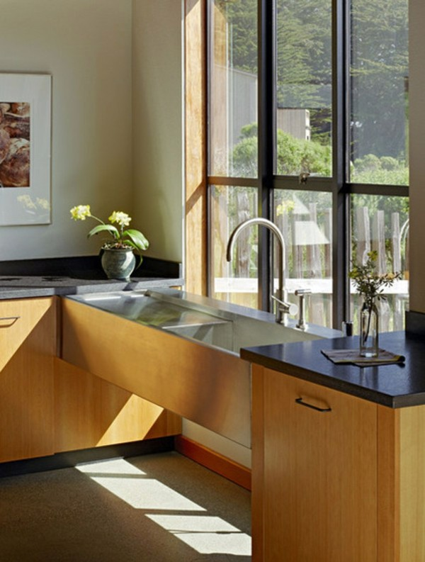 Small Kitchen Ideas and solutions for low window sills | Interior ...