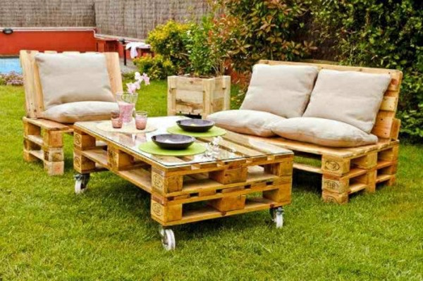 70 pallets of furniture – beautiful craft and interior design ...