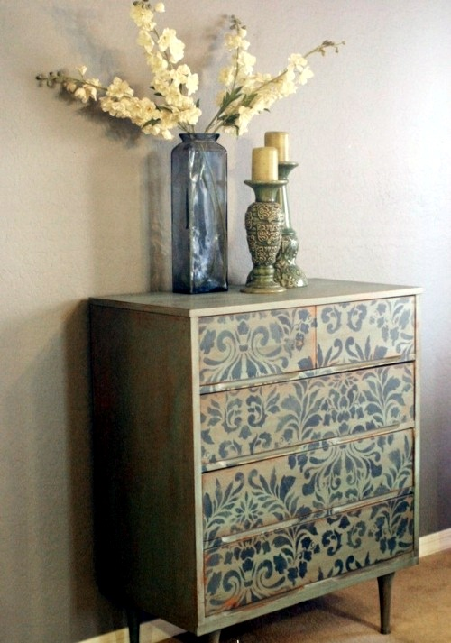 Diy decorating ideas for painted furniture interior for Painting designs on wood furniture