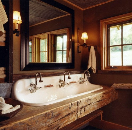 Rustic bathroom ideas would you set up your bathroom in for Country style bathroom ideas