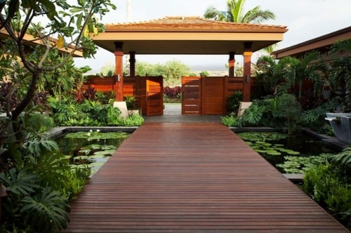 Creating a koi pond in the garden - typical extra for the Asian and tropical-inspired ambiance Garden & Plants