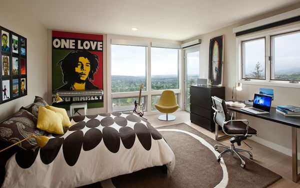 ... 30 Ideas For Decorating Wall With Posters: A Vintage Atmosphere In  Modern Interior Design