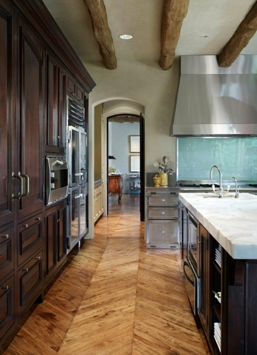 Parquet Zigzag With A Rustic Touch Wood Flooring In The Kitchen For A Homely  Atmosphere