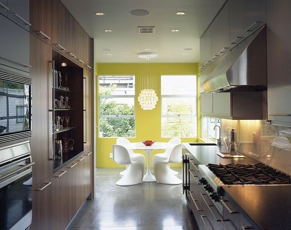 Yellow painted kitchen designs useful creative advice for Buttery yellow kitchen cabinets