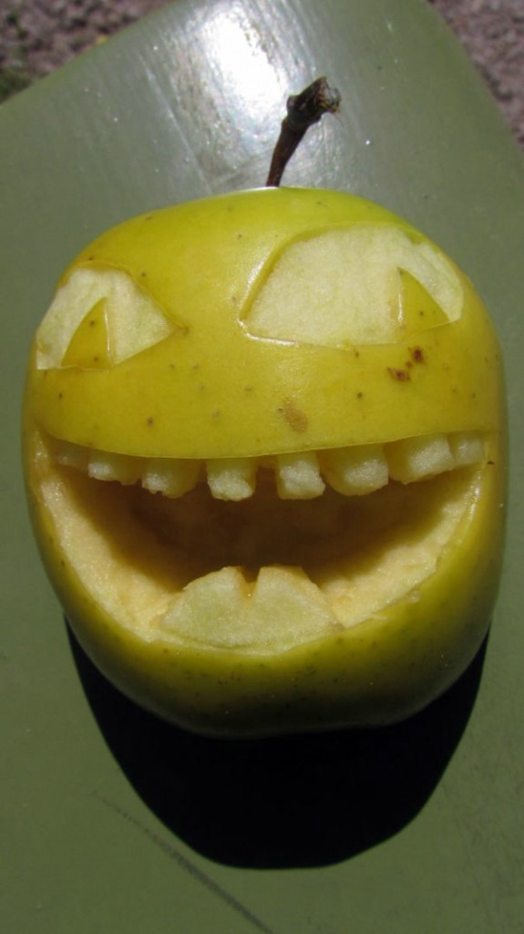Decorative Fruit Carving Apple Art And Expressive Faces