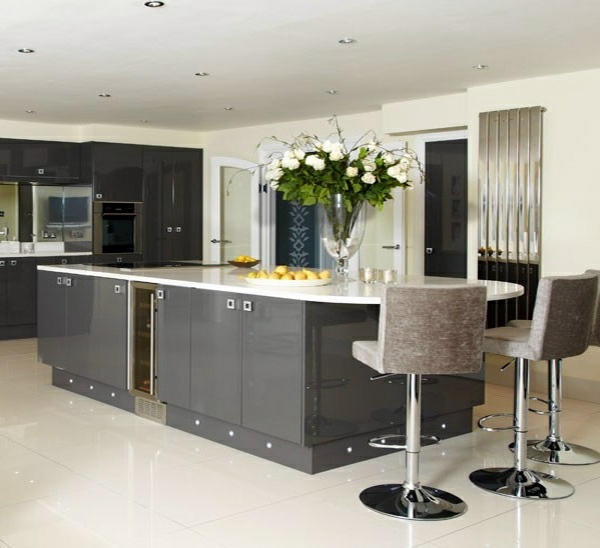 15 Stunning Gray Kitchens With Images: 15 Modern Gray Kitchen Cabinets In Silver Shades