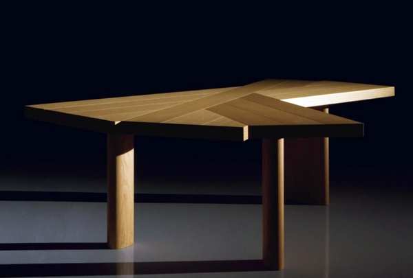 Original Massive Dining Table A Outlives And Timeless